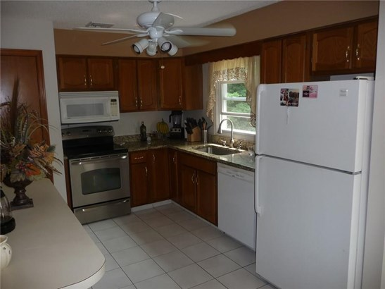 Single Family For Sale, Raised Ranch - Wallingford, CT (photo 3)