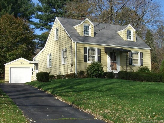 Single Family For Sale, Cape Cod - Hamden, CT (photo 2)