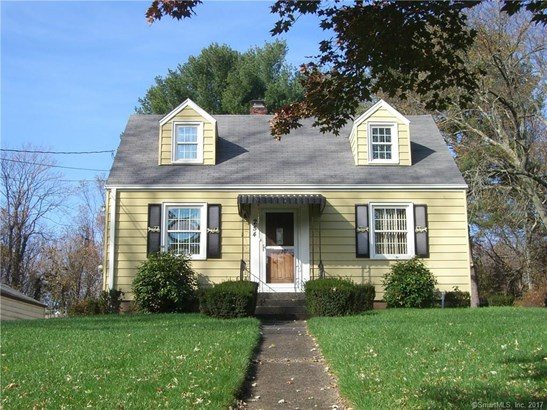 Single Family For Sale, Cape Cod - Hamden, CT (photo 3)