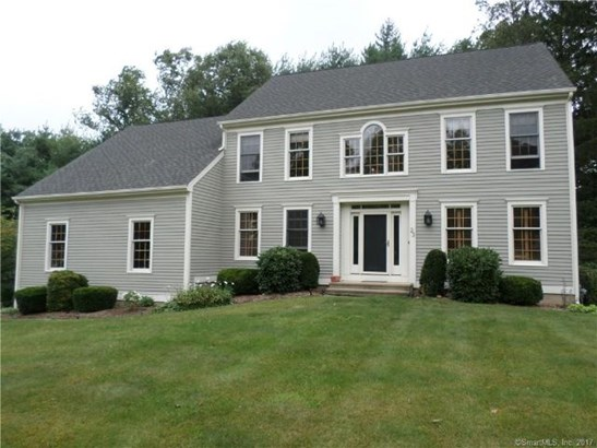 23 Cromwell Road, North Haven, CT - USA (photo 1)
