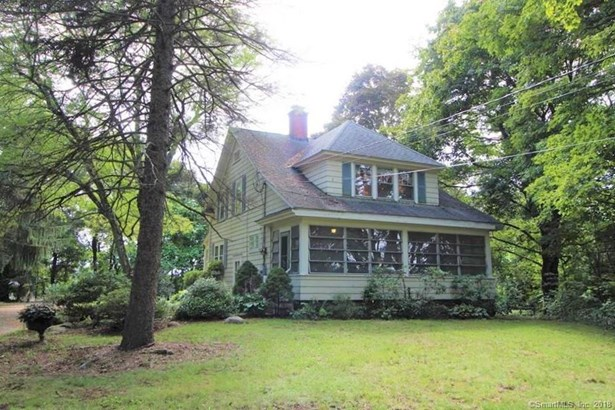 Single Family For Sale, Cottage - North Haven, CT