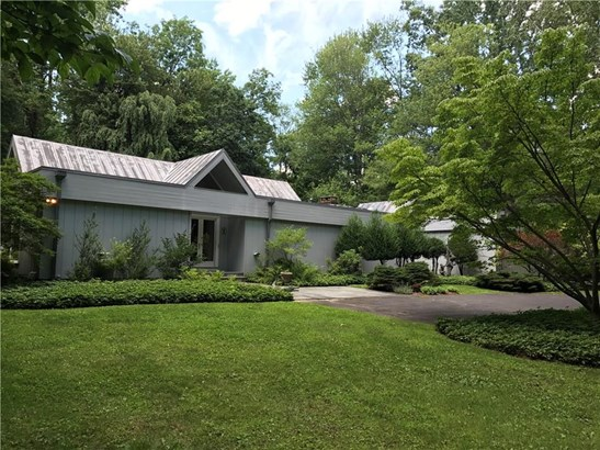 Single Family For Sale, Contemporary,Ranch - Woodbridge, CT (photo 1)