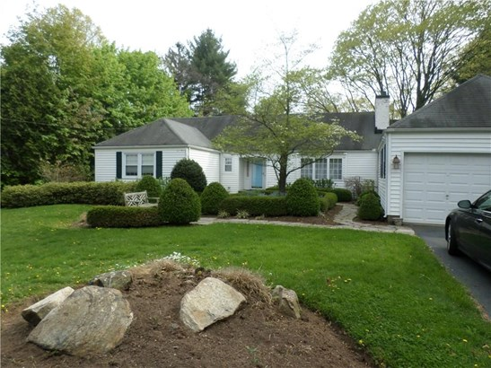 Single Family For Sale, Ranch - Hamden, CT (photo 2)