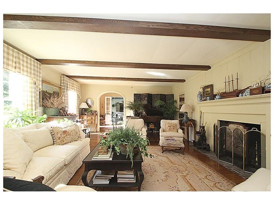 Single Family For Sale, Colonial - North Haven, CT (photo 5)