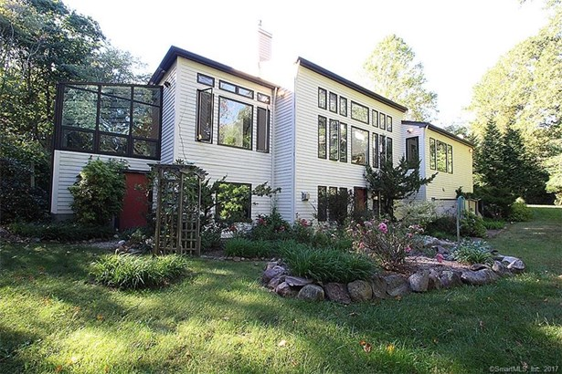 Single Family For Sale, Contemporary,Ranch - Hamden, CT (photo 1)