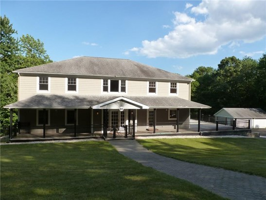Single Family For Sale, Colonial,Contemporary - Hamden, CT (photo 1)