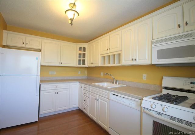 675 Townsend Avenue 165 165, New Haven, CT - USA (photo 5)