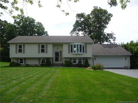 8 Broad View Drive, Wallingford, CT - USA (photo 1)