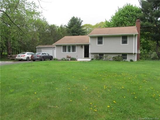 Single Family For Sale, Split Level - Wallingford, CT (photo 2)