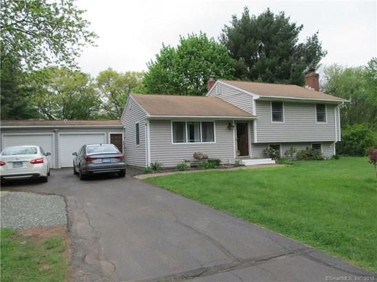 Single Family For Sale, Split Level - Wallingford, CT (photo 3)