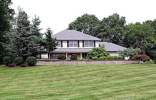 Single Family For Sale, Colonial - Cheshire, CT (photo 3)