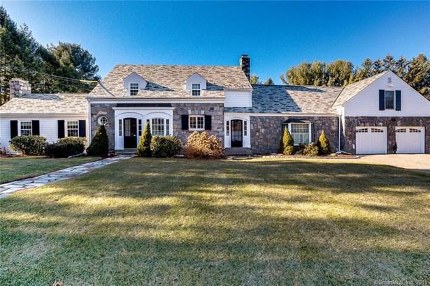 Single Family For Sale, Cape Cod - North Haven, CT (photo 1)
