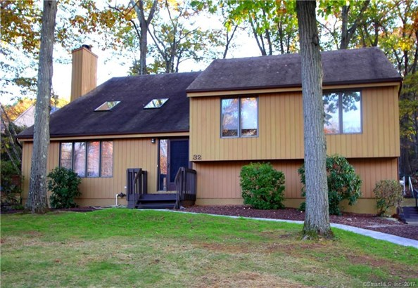 Single Family For Sale, Contemporary - Hamden, CT (photo 1)