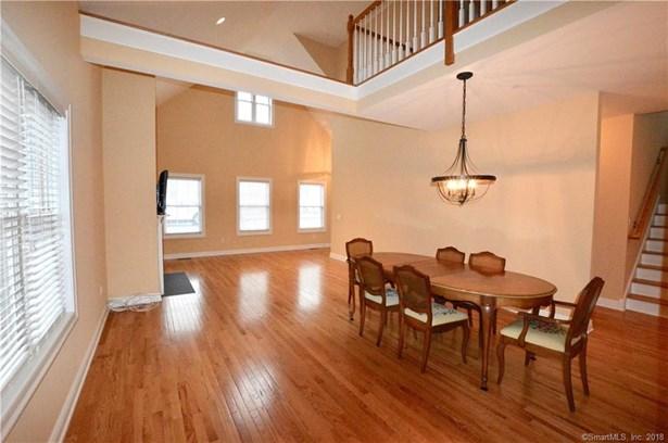 Single Family Detached, Condominium - Orange, CT (photo 5)