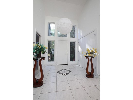 Single Family For Sale, Contemporary,Ranch - Hamden, CT (photo 3)