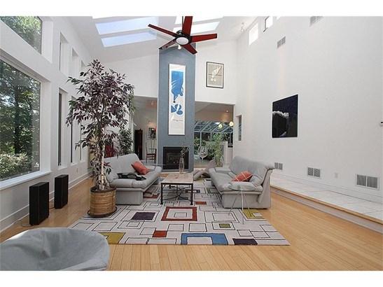 Single Family For Sale, Contemporary,Ranch - Hamden, CT (photo 5)