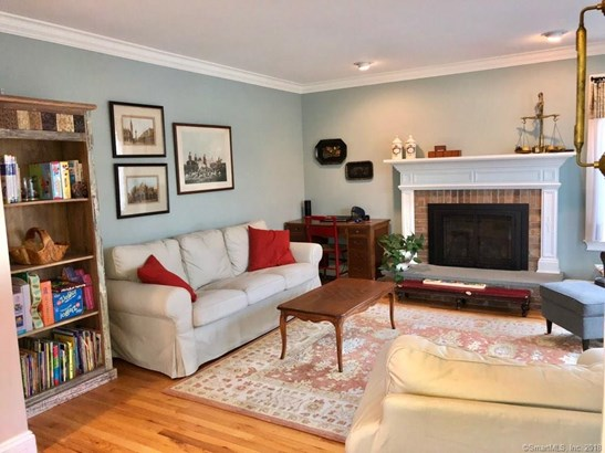 Single Family For Sale, Colonial - Milford, CT (photo 3)