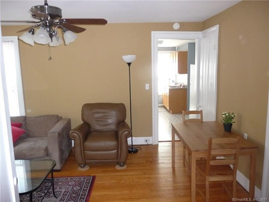 Units on different Floors, 2 Family - New Haven, CT (photo 4)
