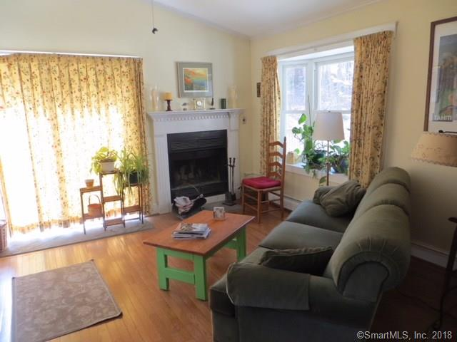 Single Family For Sale, Colonial - Bethany, CT (photo 5)