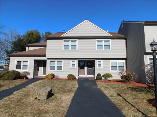 Townhouse, Condominium Rental - East Haven, CT (photo 1)