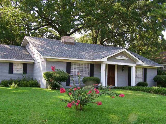 Traditional, Detached - Jackson, MS (photo 1)