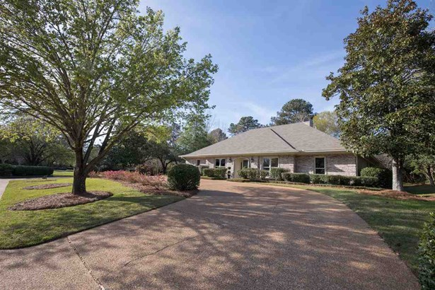 Traditional, Detached - Jackson, MS (photo 4)