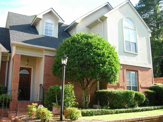 Townhome, Traditional - Jackson, MS (photo 1)