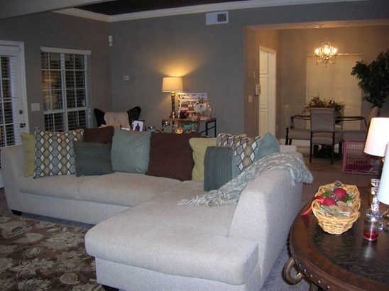 Townhome, Traditional - Jackson, MS (photo 3)