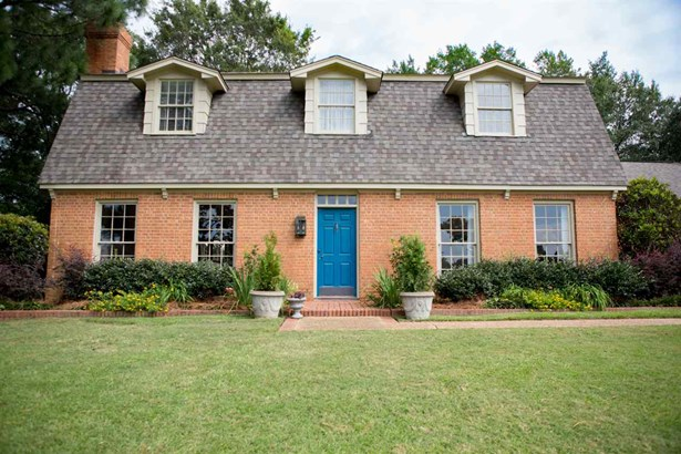 Cape Cod,Traditional, Detached - Jackson, MS