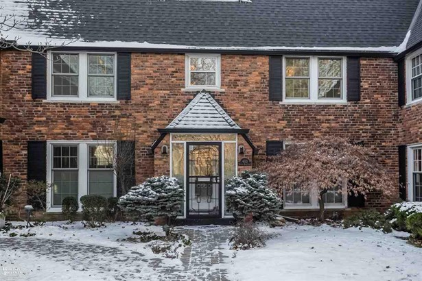 Townhouse, Residential - Grosse Pointe, MI (photo 2)