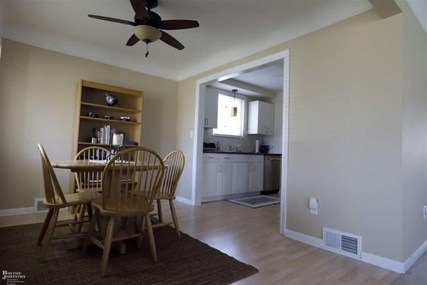 Residential, Bungalow - Harper Woods, MI (photo 5)