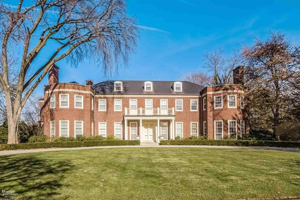 Residential, Colonial - Grosse Pointe Farms, MI (photo 1)