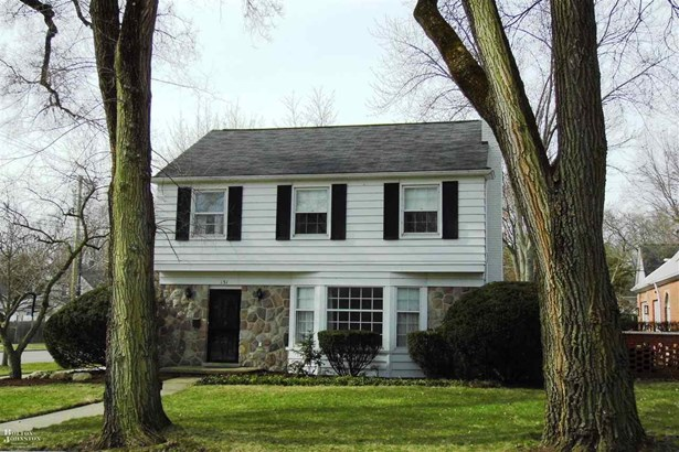 Residential, Colonial - Grosse Pointe Farms, MI (photo 1)