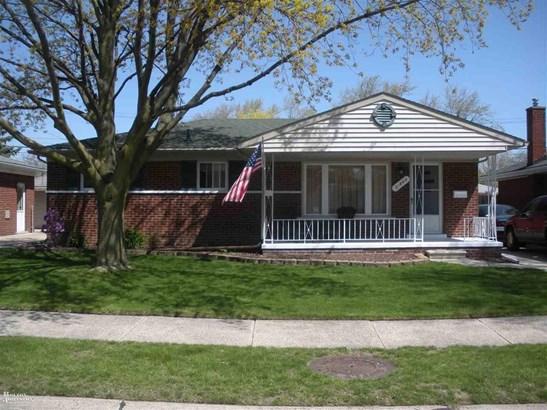 Residential, Ranch - Saint Clair Shores, MI (photo 1)