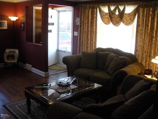 Residential, Ranch - Saint Clair Shores, MI (photo 2)