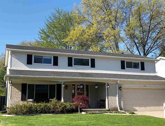 Residential, Colonial - Grosse Pointe Woods, MI