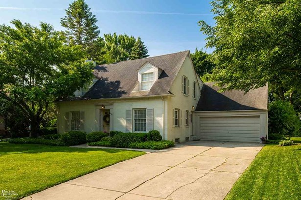 Cape Cod, Residential - Grosse Pointe Woods, MI (photo 1)