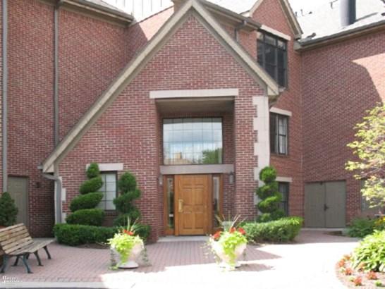 Condominium, Ranch - Grosse Pointe Park, MI (photo 1)