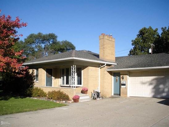 Residential, Ranch - Fraser, MI