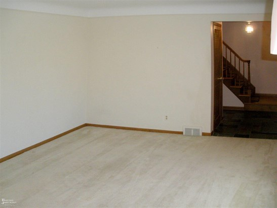 Residential, Colonial - Grosse Pointe Woods, MI (photo 3)