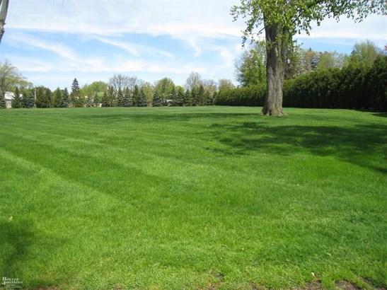 Vacant Land / Dockominium - Grosse Pointe Farms, MI (photo 1)
