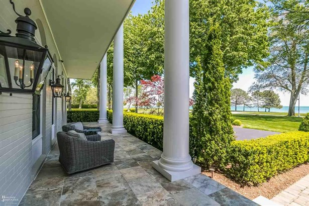 Residential, Colonial - Grosse Pointe Shores, MI (photo 4)