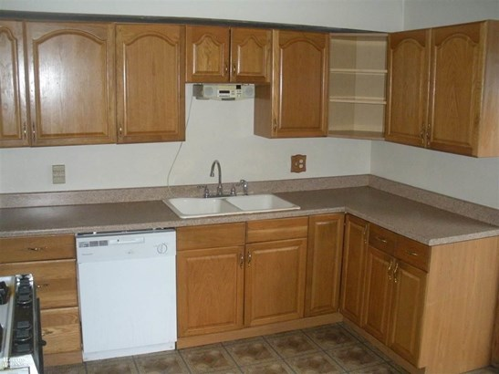 Residential, Ranch - Clinton Township, MI (photo 5)