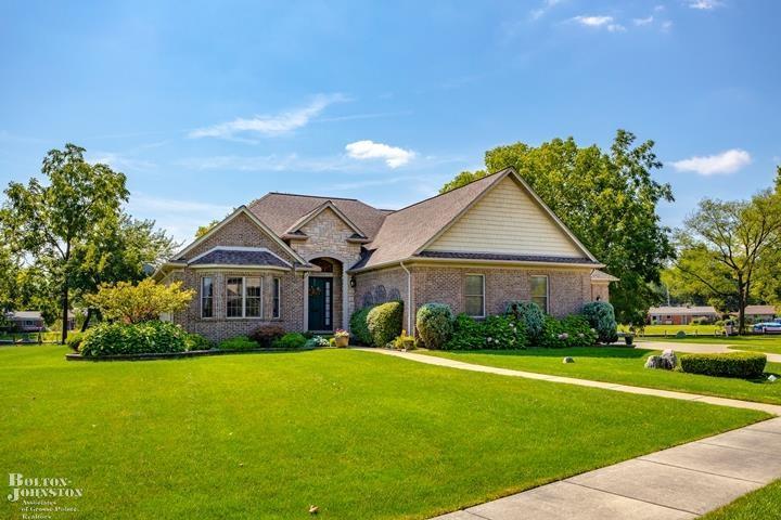 Ranch, Single Family - Harrison Twp, MI