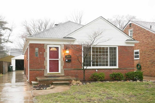 Residential, Ranch - Grosse Pointe Woods, MI (photo 1)