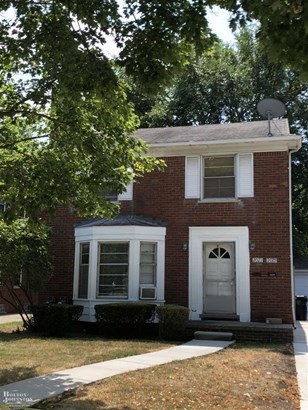 Attached, 2 Story - Grosse Pointe Woods, MI