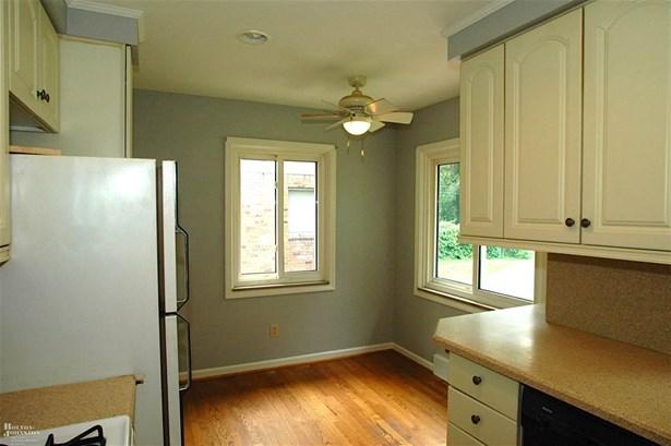 Residential, Ranch - Grosse Pointe, MI (photo 4)