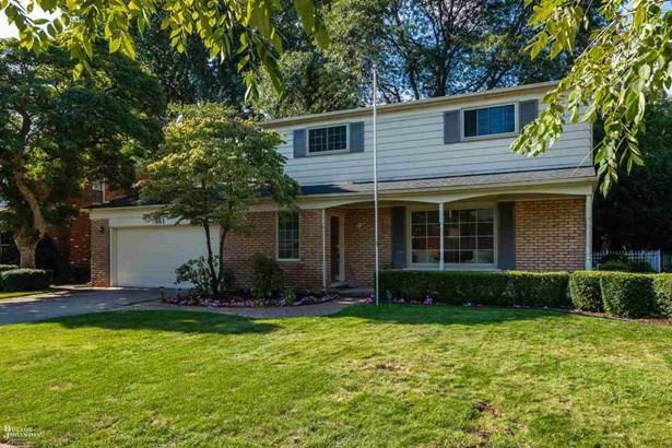 Residential, Colonial - Grosse Pointe Woods, MI