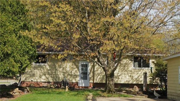 6960 Fry Rd, Middleburg Heights, OH - USA (photo 3)