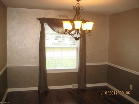 6017 Randy Rd, Bedford Heights, OH - USA (photo 4)